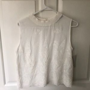 New Zara embroidered top 100%Cotton Size L